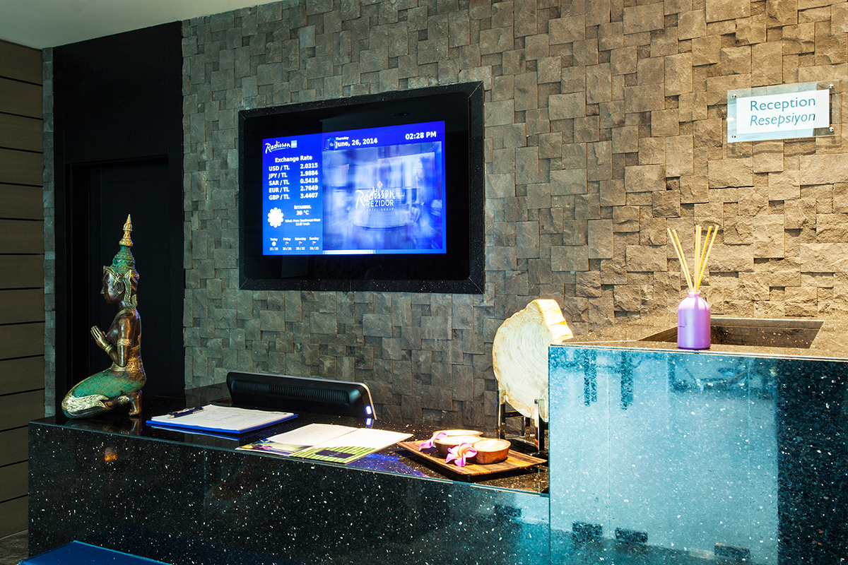 Экраны Digital Signage в отелях